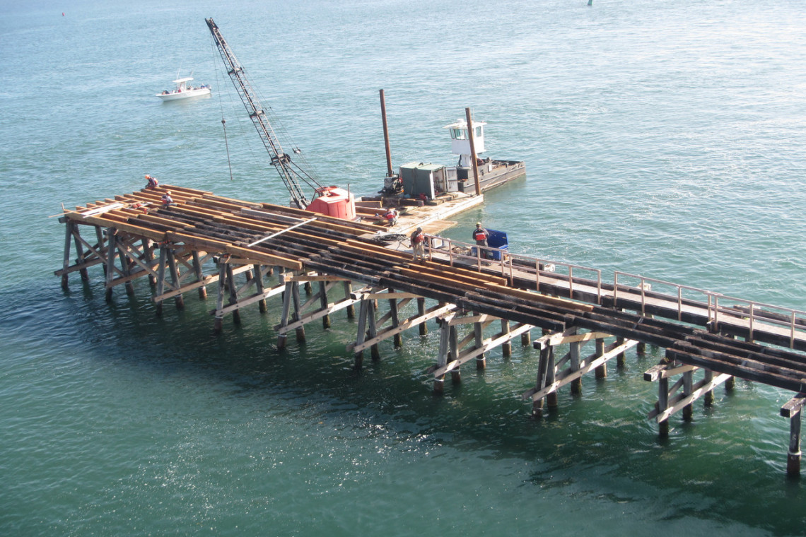 Old Ponq Bridge Construction